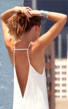 Simple and cute backless summer dress | HIGH RISE FASHION