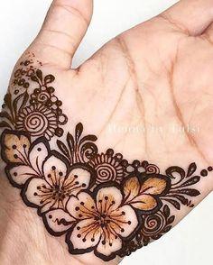 Henna Flower Designs, Mehndi Designs Front Hand, Henna Tattoo Designs Simple, Finger Henna Designs, Henna Art Designs, Beautiful Henna Designs, Mehandhi Designs, Simple Henna, Latest Henna Designs