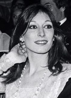 anjelica looks amazing in this photograph