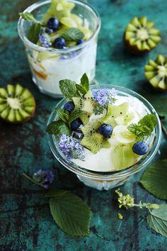 Kreikkalainen jogurttimalja - Reseptit - Helsingin Sanomat