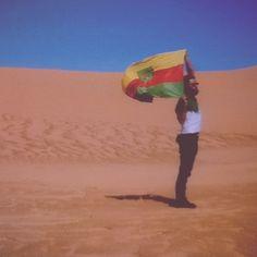 A new photo taken by damian_wolf_wagabunda! Korsze na Saharze. Pozostań dziki wolny i inny niż wszyscy. Pozostań sobą. Pieknym sobą. //Stay #wild #free and #different than the orhers. Stay yourself. #Sahara #desert #Mauritanie #Korsze #dreamer #dream #travel #journey #Africa #Wolf #Wagabunda #Vagabond http://ift.tt/1XsZl62
