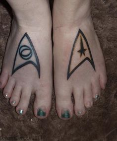 Star Trek tattoo on foot this is awesome but I'm not that much of a Trekkie!