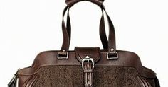There are so many beautifulknitted and crochet handbags in the high-fashion world. Purses, sachels, hobo bags, totes, you name it...I am n...