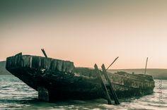 Shipwreck at Yacht club Shipwreck, Yacht Club, Underwater, New York Skyline, Travel, Beautiful, Viajes, Trips, Traveling