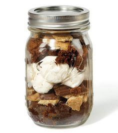 Love this #jar kit -- filled with S'Mores! @Robin Hawk® Canning