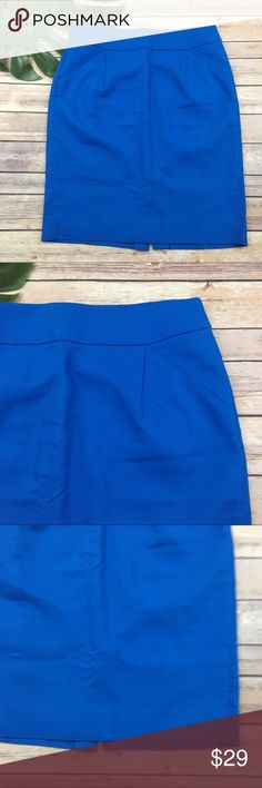 J.Crew bright blue pencil skirt J.Crew bright blue pencil skirt, size 6. It is free from any rips or stains. It measures about 32 inches around the waist and is about 22 inches long. J. Crew Skirts Pencil
