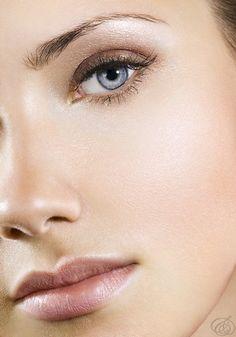 glowing skin, natural eye