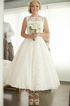 Tea length wedding dress by 35mm - Amy & Josh