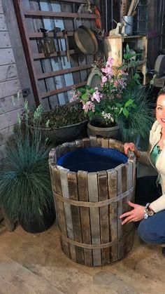 Diy Planter Box, Barrel Planter, Garden Edging, Garden Trellis, Garden Cafe, Home Vegetable Garden, Outdoor Sculpture, Garden Projects, Garden Inspiration