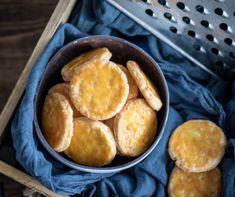 Sajtos korong Recept képpel - Mindmegette.hu - Receptek Sweet And Salty, Pretzel Bites, Sweet Potato, Bread, Cookies, Vegetables, Recipes, Food, Pastries