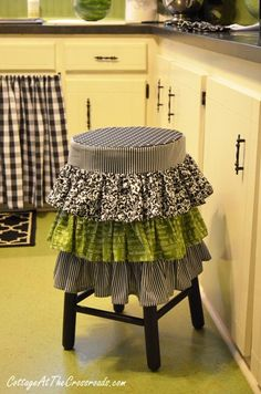 ruffled kitchen stool cover from Cottage at the Crossroads