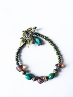 Amazing handcrafted bracelet boho style, a perfect combination of Czech beads in different colors. You can wear with a casual alfit. If you want to match this beautiful bracelet you will find in the n
