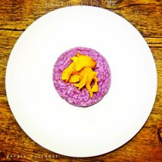 PURPLE RISOTTO (with purple cabbage and pumpkin)Ingredients(for 2 people)- 350g (apporximately) vegetable broth (without glutamate)- 150g purple cabbage- 160 g carnaroli rice- ½ onion- extra virgin olive oil to taste- 4 nuts- 1 piece of pumpkin for decoration- rosemary to taste- salt to tasteBehind the scenesWe'll begin with the pumpkin chips preparation as they have to stay in the oven for at least 15 minutes. Peel the pumpkin, remove the seeds and cut it as thin as possible (a few ...