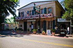 Historic Murphys Main Street Hotel
