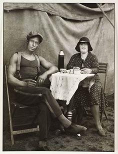 August Sander, photo tirée d'une série sur les travailleurs du cirque, réalisée entre 1926 et 1932.