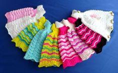 Puppenkleid stricken // Ballkleid für Puppen Ornament Pattern, Crochet Doll Clothes, Fingerless Gloves, Arm Warmers, Dolls, Etsy, Fashion, Barbie Dress, Vestidos