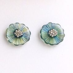 お花(青緑色) + コットンパール リバーシブルピアス