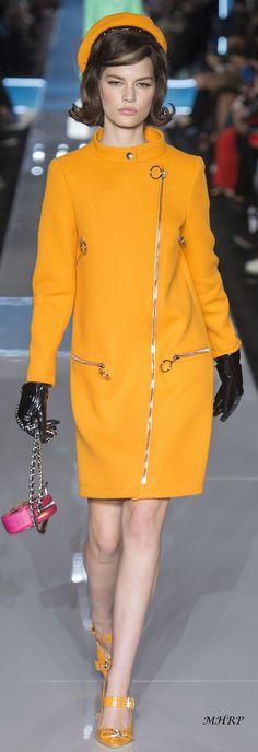 Moschino Fall 2018_Vogue-Runway