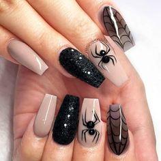 Halloween Nail Designs Halloween nail art designs - Cool Halloween nails for 2018 Holloween Nails, Cute Halloween Nails, Halloween Nail Designs, Halloween Ideas, Trendy Halloween, Halloween Party, Halloween Spider, Halloween Coffin, Girl Halloween