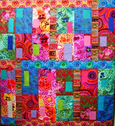 Kaffe FassettI love the bright colors in Kaffe Fassett fabrics! My favorite creations have purples, blues, and pinks. Quilt Kits, Quilt Blocks, Quilting Projects, Quilting Designs, Bright Quilts, Scrappy Quilts, Fabric Art, Quilt Making, Colorful Rugs