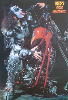Gene Simmons of Kiss - classic rock concert poster ☮~ღ~*~*✿⊱╮ レ o √ 乇 !!