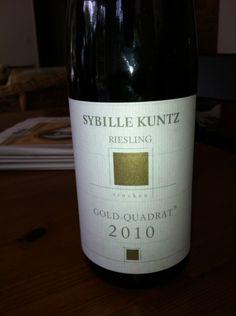 Sybille Kuntz 2010 Riesling Gold Quadrat