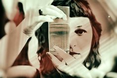Dunkle Augen | Merna El-Mohasel Antonio Mora, Feeling Abandoned, Dark Eyes, Darkness