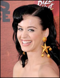 Katy Perry - great smile & lipstick color