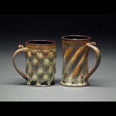 Paveen Beer Chunhaswasdikul click now for info. Pottery Mugs, Ceramic Pottery, Pottery Art, Pottery Ideas, Ceramic Techniques, Pottery Techniques, Contemporary Ceramics, Modern Ceramics, Ceramic Cups