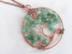 Bellissima ed elegante collana con albero della vita dai colori naturali. Si indossa vicino il cuore e può essere un perfetto regalo per la festa della