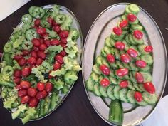 Christmas Party Food, Christmas Treats, Christmas Time, Creative Kids Snacks, Healthy Treats, Finger Foods, Guacamole, Cucumber, Fruit