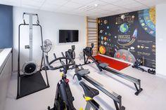 Pomieszczenie fitness w Blue Tower Warszawa / Fitness room in the office building Blue Tower, Warsaw