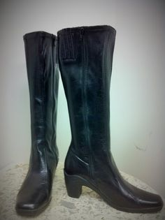 as new Aerosoles (size 8.5) faux leather boots