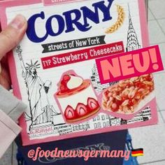 CORNY MÜSLIRIEGEL STREETS OF NEW YORK STRAWBERRY CHEESECAKE 🍰🍓😍 PRODUKTNEUHEIT, Lebensmittelneuheiten, neu, foodnews, foodnewsgermany, foodnewsgermany 2017, foodblogger, germanfood, Supermarkt, Süßigkeiten, Schokolade, Frühstück, Mittagessen, Abendessen, Snacks, food, new, www.foodnewsgermany.de