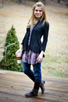 <3 that cardigan...fitted, not too long, dark color...