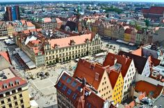 The Panoramic view of Wroclaw Top Romantic European places to visit this fall Travel With Kids, Family Travel, Iceland Facts, Places To Travel, Places To Visit, Spain Travel, Luxury Travel, Paris Skyline, Romantic