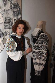 Поїздка до музею Сокальської вишивки :червоноград
