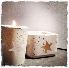 Atelier béton avec Gris Souris & 5 Sens Deco   Venez créer vos bougeoires en béton coulé lors d'un atelier prévu sur deux soirées   Pot en béton   Infos sur : www.grissouris.ch   © Gris Souris (concrete, candle)
