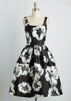 In the Stunning Dress - Black, White, Floral, Print, Party, Fit & Flare, Sleeveless, Woven, Better, Long, SF Fit Shop