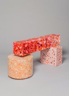 Can You Handle This Trend? - Terrazo - In case you didn't notice, the 'terrazzo' design trend is making a huge comeback this year, and we are already in love wi Marble Furniture, Pink Furniture, Colorful Furniture, Contemporary Furniture, Cube Furniture, Luxury Furniture, Contemporary Art, Terrazzo, Table Design
