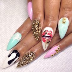 Bling nail art on Stietto nails| ghetto nail art idea | ideas de unas | gel nails | acrylic nails