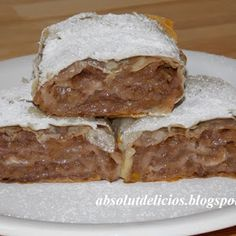 Strudel, Romanian Food, Romanian Recipes, Food And Drink, Cooking Recipes, Sweets, Meat, Desserts, Apples