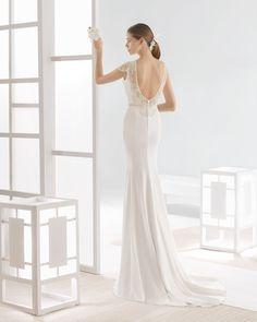 WATT vestido novia escote barco y espalda joya