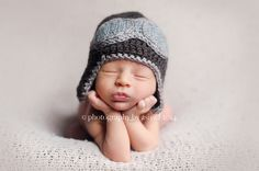 Baby Pilot hat-Crochet baby aviator hat/Newborn to Toddler Crocheted Aviator Hat/Photo prop Earflap hat in many sizes and colors