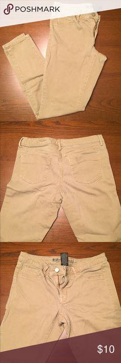Khaki pants Mossimo khaki pants Mossimo Supply Co Pants Skinny