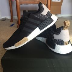 new products 76bc4 9d319 Women s Adidas Workout clothes Rose Gold Adidas Shoes, Adidas Shoes Women,  Sneakers Women,