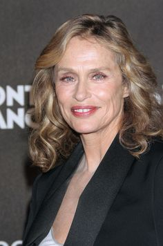 Lauren Hutton - now.  Born in 1943 this 68 year is still a classic doll.