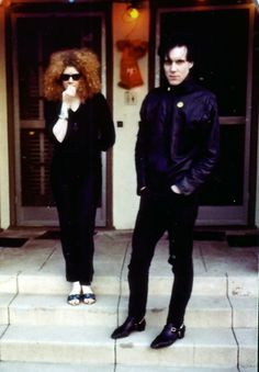 Poison Ivy and Lux The Cramps. The Cramps, Vintage Inspired Fashion, Human Condition, Poison Ivy, Lineup, Punk Rock, Trending Memes, Rock N Roll, Rockabilly