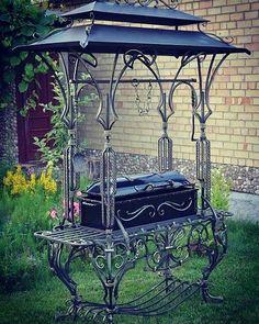 г.Гродно, Беларусь, art-kovka (@art_kovka_grodno) в Instagram: «Еще один мангал с крышей в ленту.#ковка#мангал#барбекю#»
