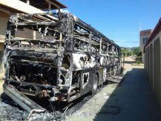 omens são presos suspeitos de participação em incêndio a ônibus em Belo Oriente